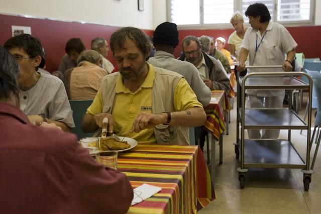bcn ya cuenta con comedores sociales en los 10 distritos
