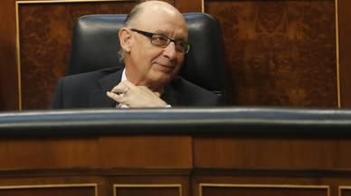 El PSOE eleva la pressió sobre Montoro després de la reprovació