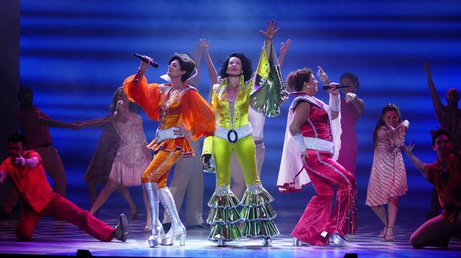Barcelona torna a cantar 'Mamma Mia!'