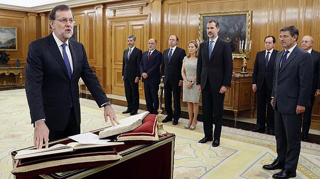 Rajoy jura el seu càrrec de president del Govern davant el Rei