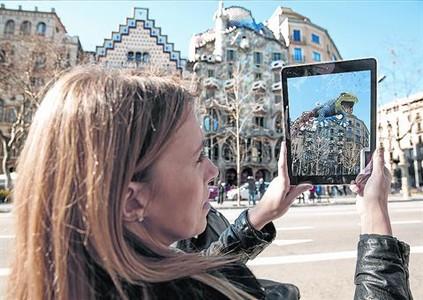 personas participarán mapping casa batlló