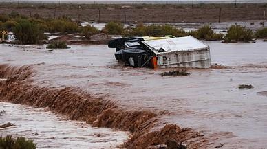 Un diluvi obliga a suspendre la sisena etapa del Dakar