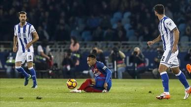 Un lamentable Barça salva miraculosament un punt a Anoeta