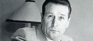 El escritor belga Georges Simenon.