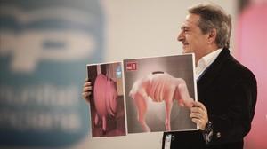 El presidente de la diputación se ríe de los socialistas en un congreso del PP valenciano.