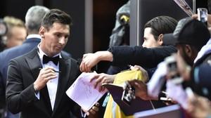 Messi, a su llegada al Kongresshaus de Zúrich antes de la gala del Balón de Oro.