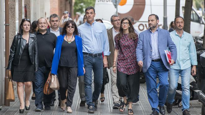 Sánchez e Iceta reunidos para acordar plan conjunto ante desafío soberanista del 1-O