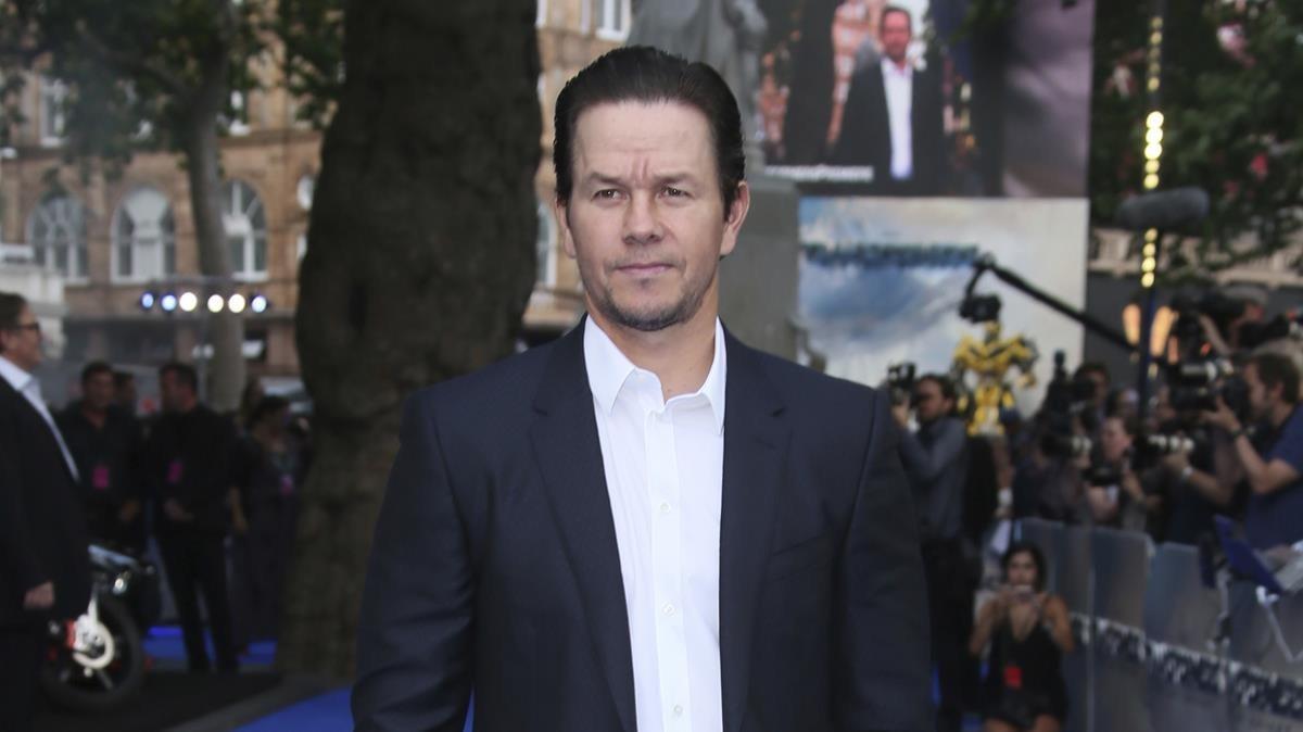 Mark wahlberg desbanca la roca for La roca film