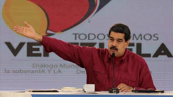 Maduro interviene durante la emisión semanal de Los Domingos con Maduro, en Caracas, el 17 de septiembre.