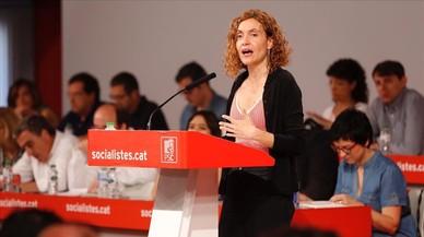 La candidata del PSC a las elecciones generales,Meritxell Batet, interviene ante el consejo nacional del partido.