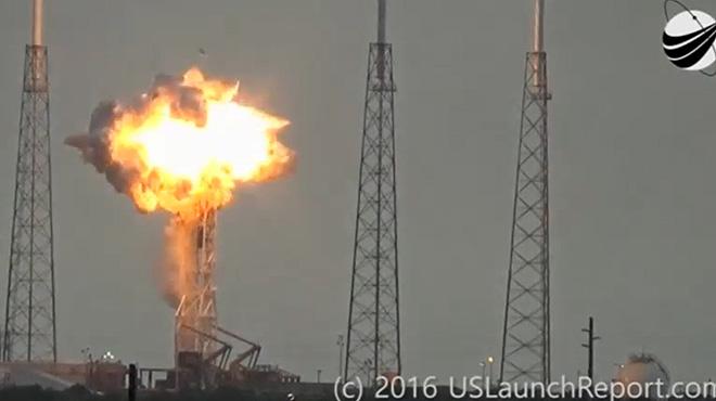 Un coet de l'empresa SpaceX explota a Cap Canaveral