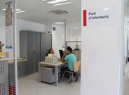 Uno de los programas de atención del Ayuntamiento de Barcelona es el Nausica, dirigido a solicitantes de asilo que han agotado las prestaciones estatales sin alcanzar plena autonomía.