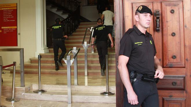 12 detinguts en un cop contra la corrupció municipal en 10 províncies