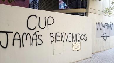 Apareixen pintades amb amenaces de mort a Anna Gabriel a València