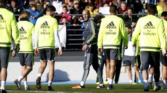 El despido de Ben�tez le cuesta cuatro millones de euros netos al Madrid