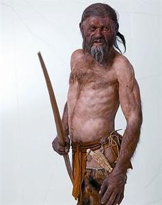 La historia de Otzi, el hombre del hielo 1328299482263
