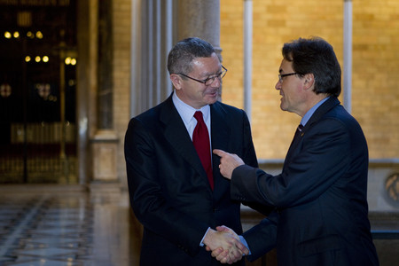 Artur Mas recibe a Alberto Ruiz-Gallardn, el pasado febrero, en el Palau de la Generalitat. 