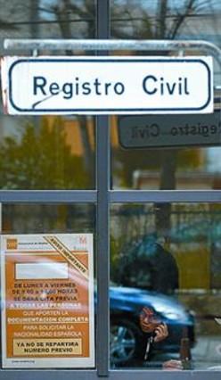 El 39 no 39 de los registradores frena la reforma del registro for Oficina registro madrid