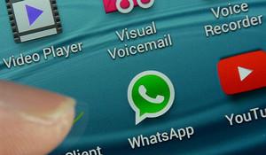 WhatsApp ya trabaja en la desactivación voluntaria del doble check azul.