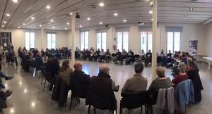 Imagen de la reunión inicial de la confluencia de izquierdas en Mataró, celebrada el pasado mes de febrero en el Cafè de Mar.