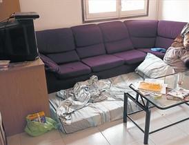 LA GUARIDA Aspecto del piso donde vivía el imán en Ripoll, ayer.