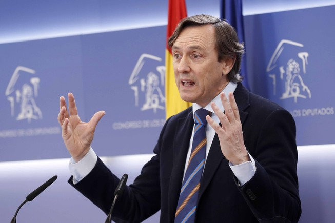 Yo soy afiliado por Almería: Hernando evita contestar sobre la financiación ilegal en Madrid y Valencia