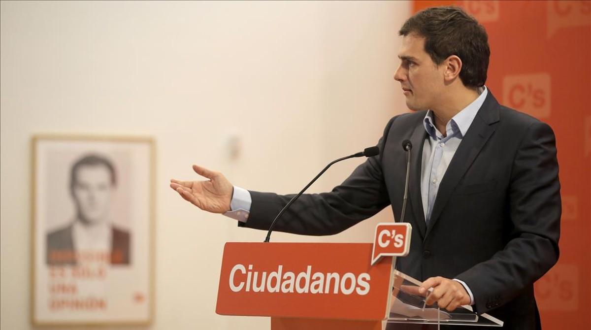 Rivera culpa a Rajoy de la falta de acuerdo y S�nchez responsabiliza a Iglesias