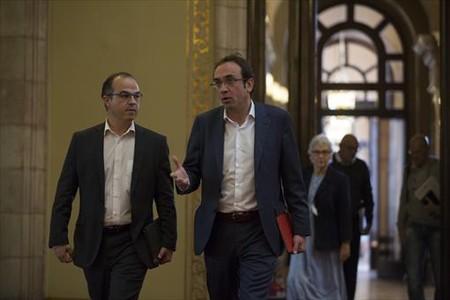 Jordi Turull y Josep Rull, de CDC, en el Parlament.