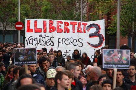 Manifestaci�n para pedir la liberaci�n de los tres detenidos en los disturbios del 29-M, el pasado 22 de abril.