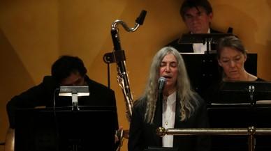 Patti Smith representa a Dylan