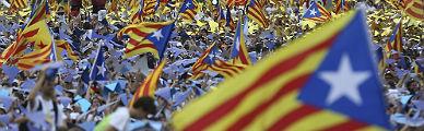 Solo el 21% de catalanes avalan la hoja de ruta de JxS� y la CUP