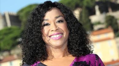 La guionista, productora y 'showrunner' Shonda Rhimes, en el mercado internacional de televisi�n MIP-COM, en Cannes (Francia),