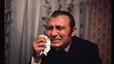 Tony Leblanc llora en una obra de televisi�n.