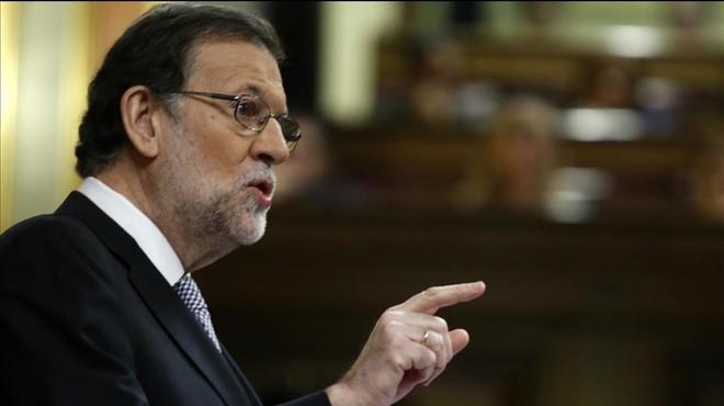 Rajoy, tres en un