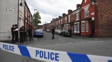 """May rebaja el nivel de la alerta terrorista en el Reino Unido de """"crítica"""" a """"grave"""""""