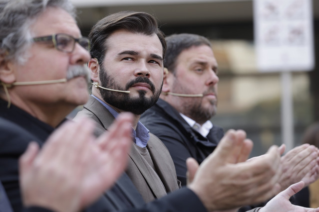 Joan Tardà, Gabriel Rufián i Oriol Junqueras, en un míting dERC a Sant Adrià de Besòs.
