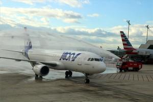 El primer avión de Joon en el aeropuerto de Barcelona-El Prat.