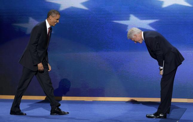 Clinton defiende en�rgicamente la pol�tica econ�mica de Obama