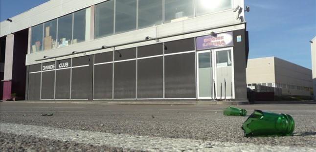 Un muerto durante una pelea en el exterior de la discoteca Noche Latina de Figueres