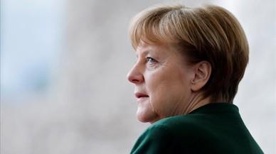 Macron viajará a Berlín para ver a Merkel horas después de asumir la presidencia de Francia