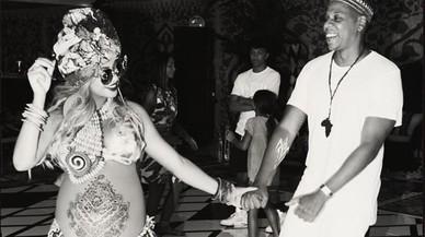 Beyoncé monta una fiesta africana
