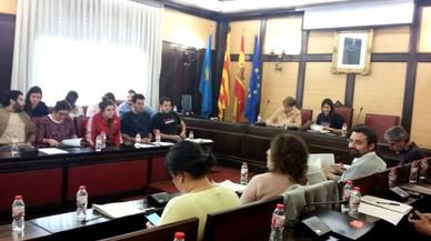 Regidors de SOM i ICV abandonen el ple de Santa Coloma en protesta contra el govern de Parlon
