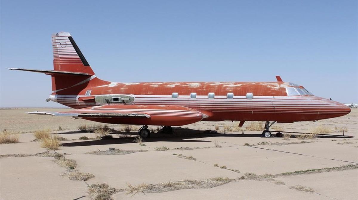 Red Lockheed JetStarOne, el último jet privado de Elvis Presley