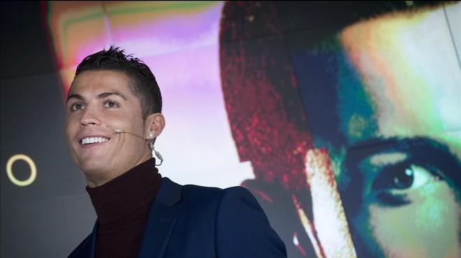 Ronaldo ha presentado su perfume Legacy.