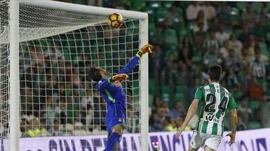 L'Espanyol doblega al Betis amb una lliçó d'ordre i eficàcia