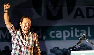 Pablo Iglesias celebra la victoria, en Madrid.
