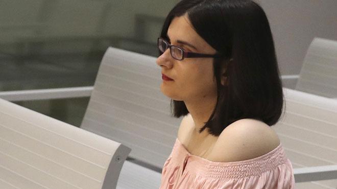 Condenan a un año de cárcel a una joven de 21 años, Cassandra Vera, por escribir 13 Tuits sobre Carrero Blanco