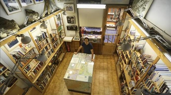 Cent anys venent llibres al carrer de Petritxol
