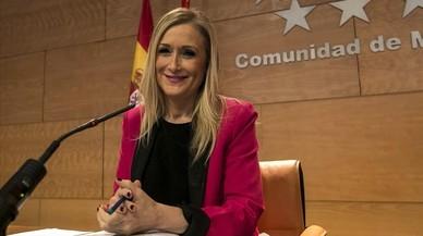 El grupo de Cifuentes en Madrid se desgrana: renuncian el 41% de los diputados en dos años