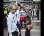 El desafiament d'una dona sueca als nazis el Primer�de�maig.
